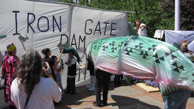 iron-gate-dam-demo-10-24-16.jpg