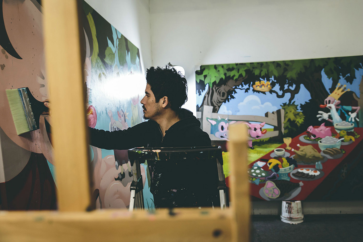 Victor Castillo in his studio | Carlos Gonzalez