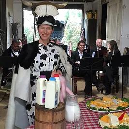 Kirsten Sollek, The Cow