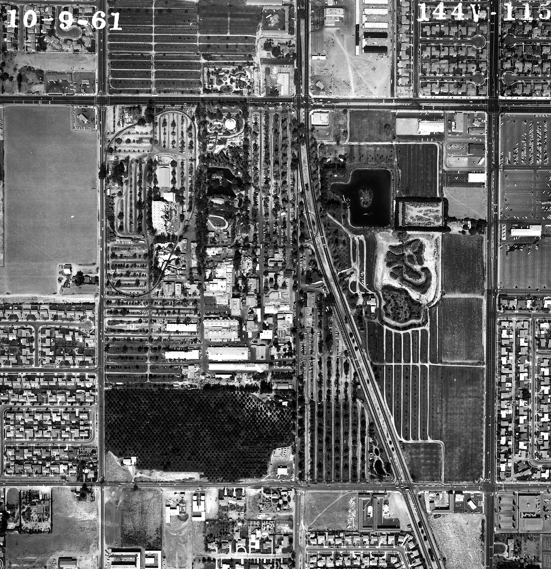 Aerial view of Knott's Berry Farm, 1961