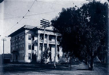 The Pacific Sanitarium and School of Osteopathy, circa  1904-1914 | Public Domain