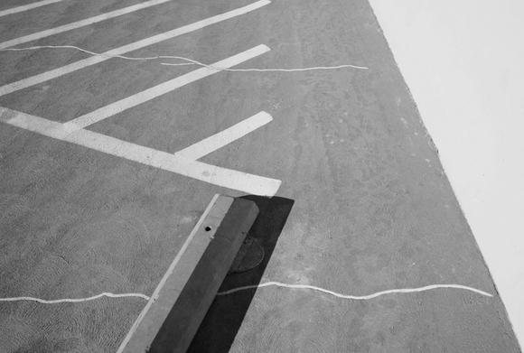 lines_block_wall_by_erik_olson.jpg