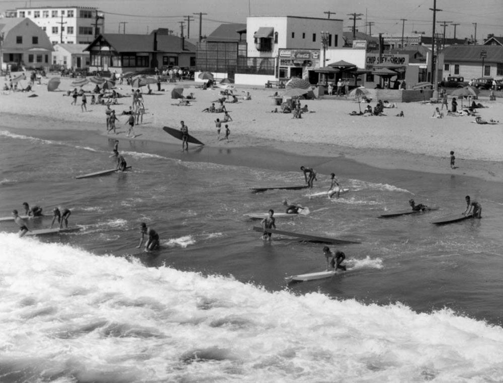 Surfers in Venice Beach | Dick Whittington Studio/University of Southern California Libraries