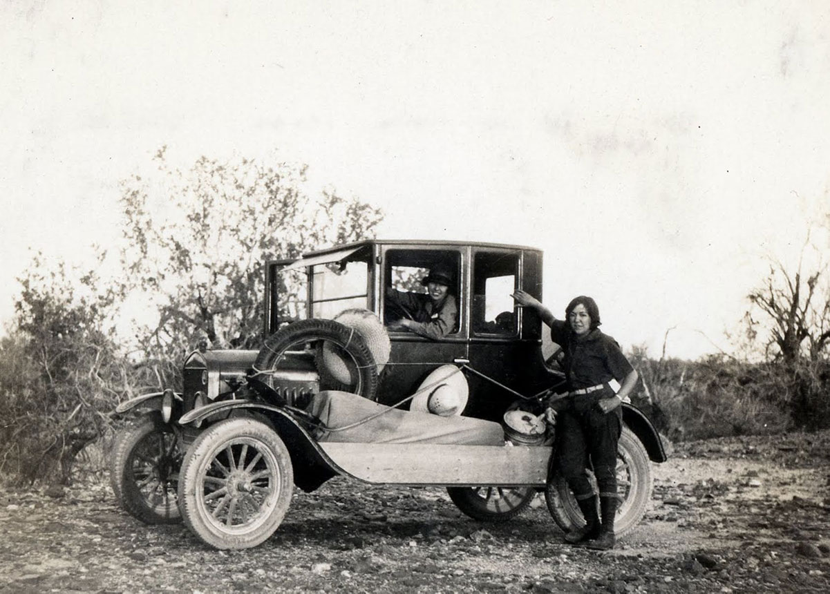 Susie Keef Smith and Lula Mae Graves on the Bradshaw Trail, a historic gold road through the California desert, 1930. | Warner Graves Collection.