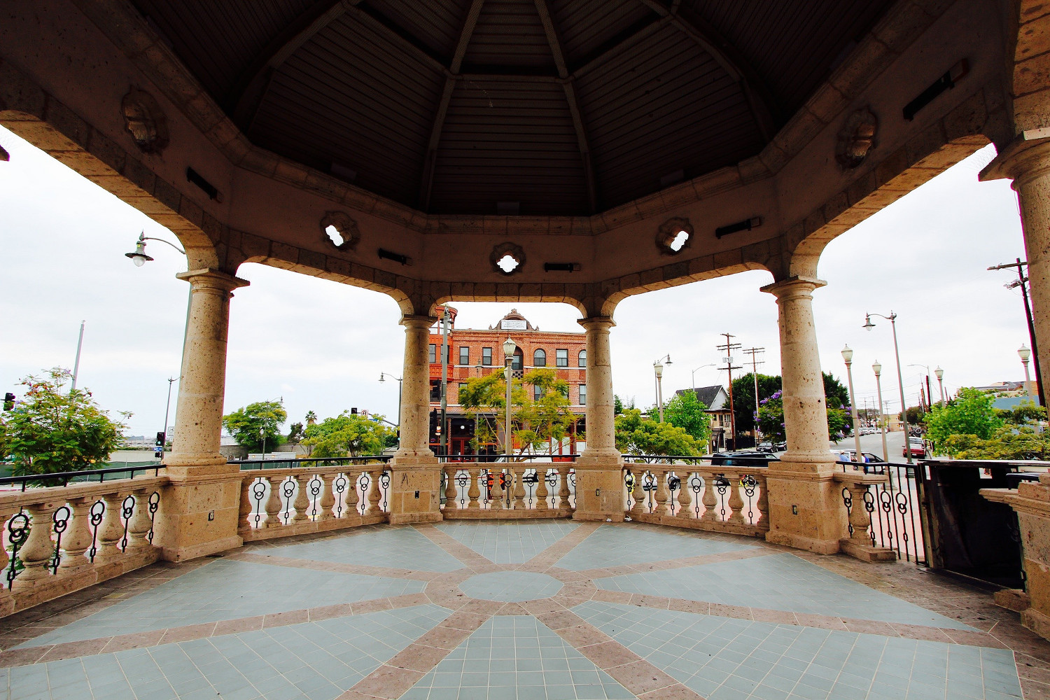 Mariachi Plaza kiosk in Boyle Heights