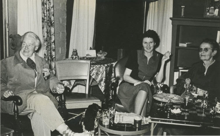 "Agnes Pelton, right, with artist Matille ""Billlie"" Prigge Seaman, left, at the Wilson Ellis home in Cathedral City. 