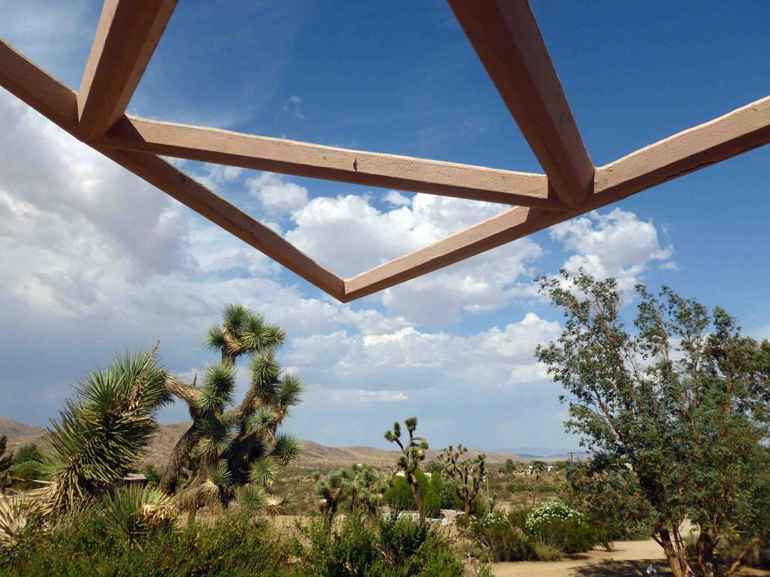 Joshua Tree Retreat Center, Mentalphysics (1)