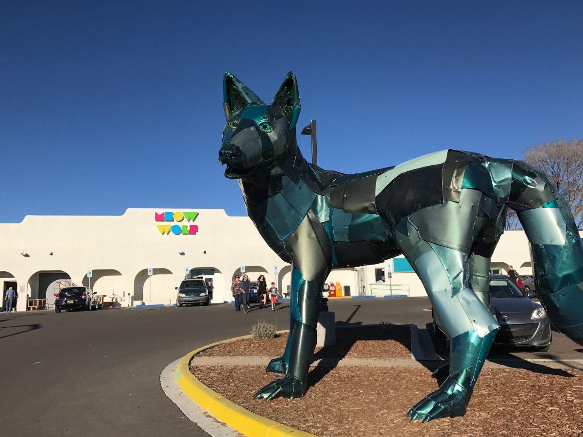 Meow Wolf exterior | Jean Trinh Desert X AB s9