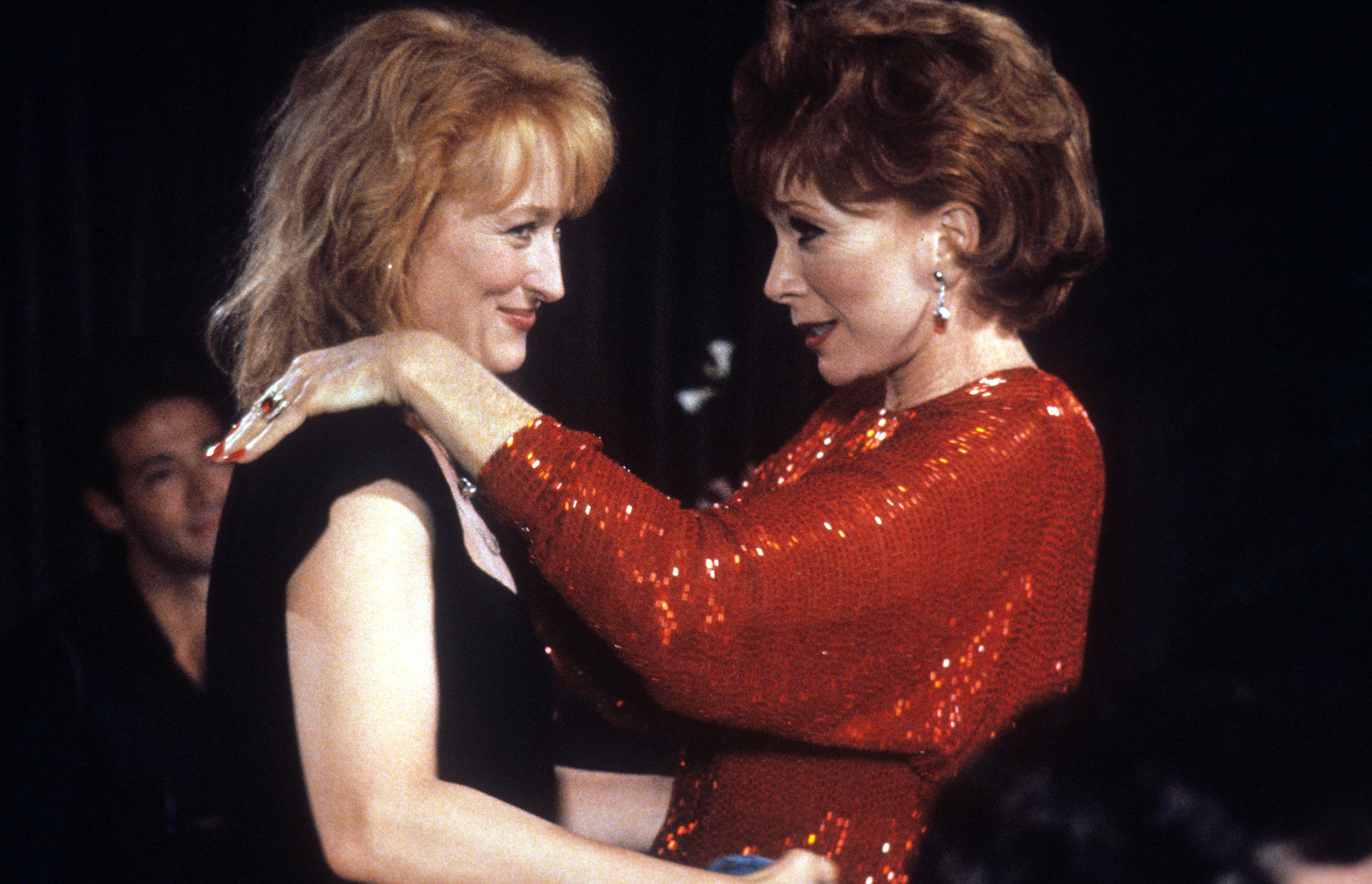 """Meryl Streep And Shirley MacLaine In """"Postcards From The Edge."""""""