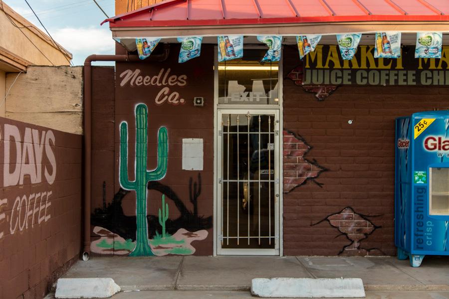 mojave_desert_needles_liquor_store.jpg