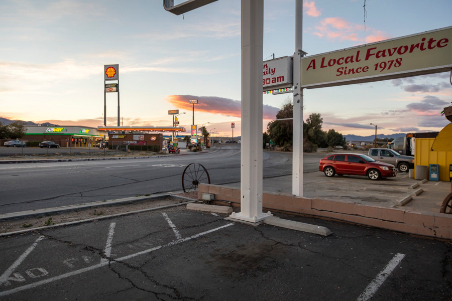 mojave_desert_needles_motel_gas_1.jpg