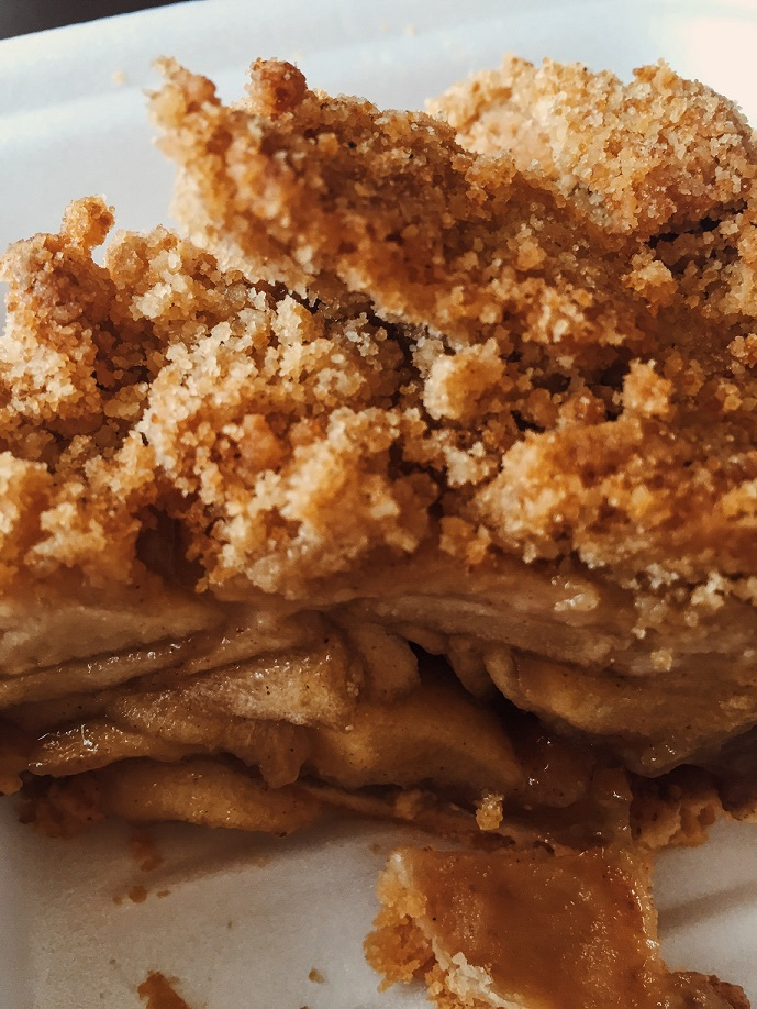 Morfia's Ribs & Pies Apple Pie