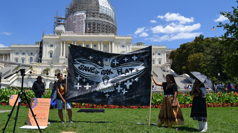 Native activists demonstrate for Oak Flat at the U.S. Capitol. | Photo: Wendy Kanin, some rights reserved