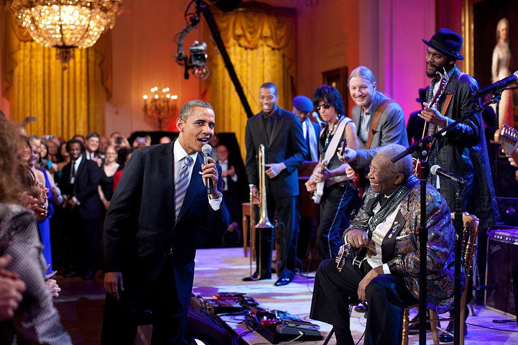 obama_and_bb_king.jpg