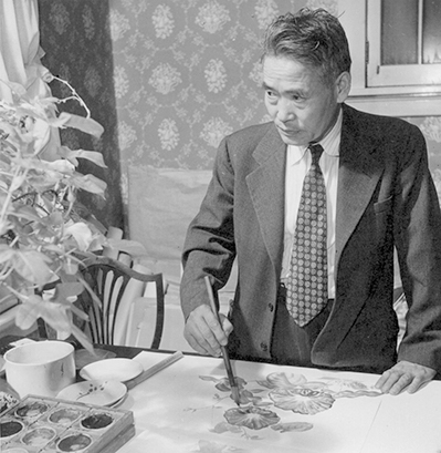 Professor Chiura Obata | Hikaru Iwasaki, War Relocation Authority Photographs of Japanese-American Evacuation and Resettlement/Wikimedia  ABs10 MMD