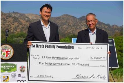 Omar Brownson, Executive Director of River L.A. and Morton La Kretz, donor to the North Atwater Bridge Crossing | River L.A.