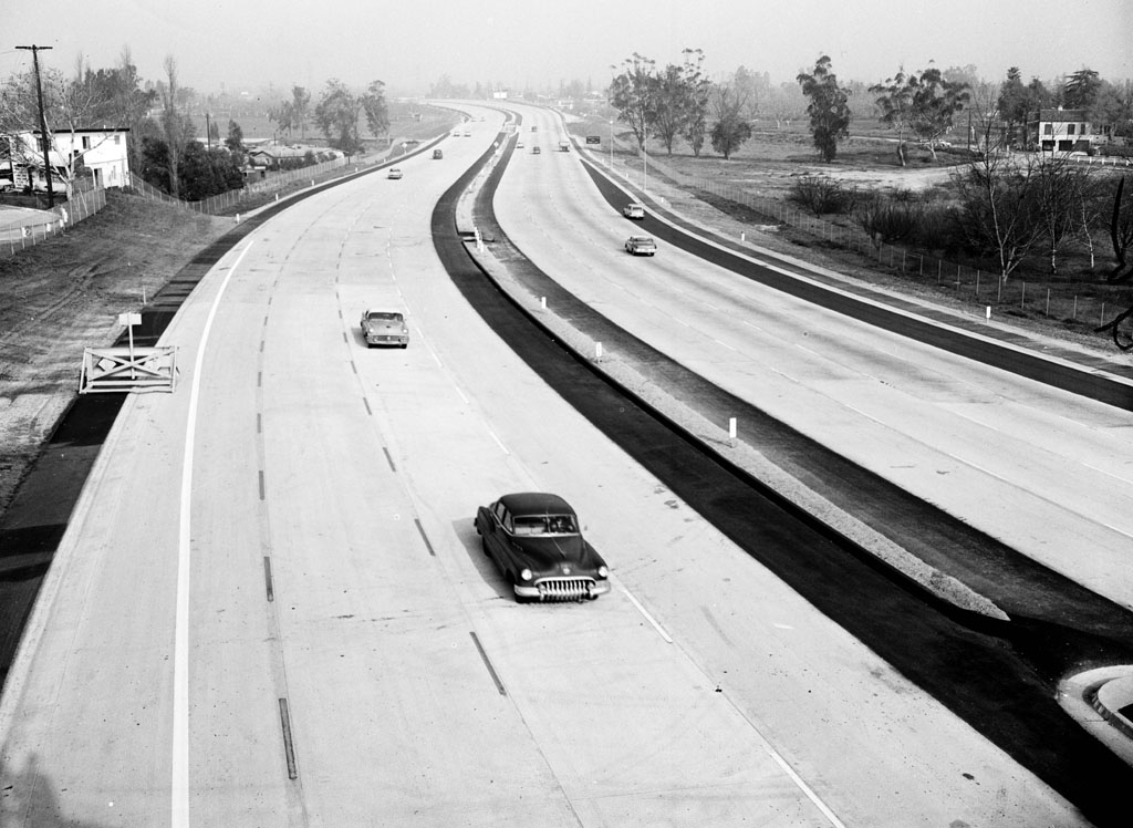 Here's a newly opened section of the Hollywood Freeway (US-101) in 1958, courtesy of the Los Angeles Examiner Collection, USC Libraries