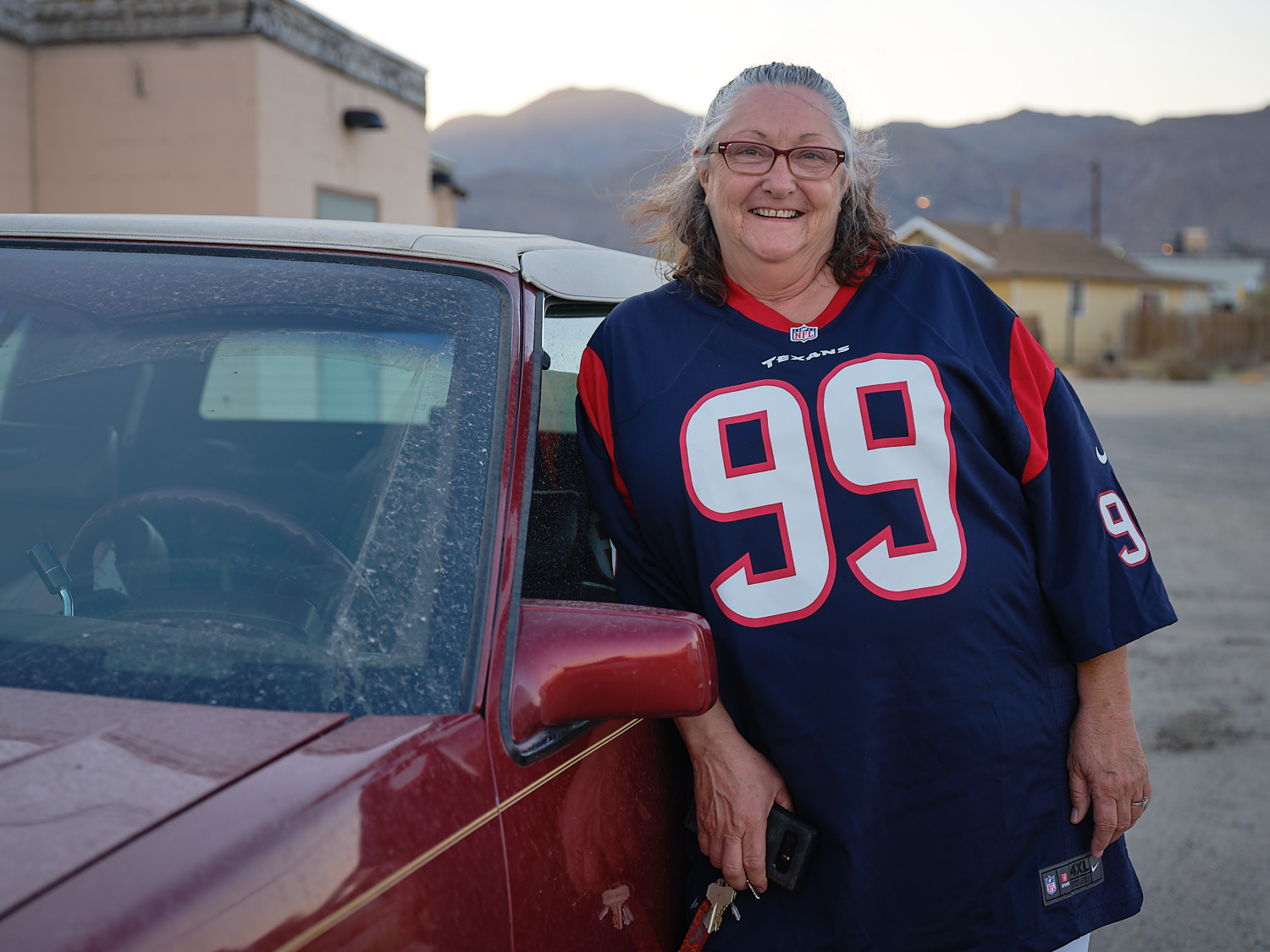 Jolynn Tomkins stands outside the Sidewinder Bar & Grill in Trona, Ca.  | Osceola Refetoff