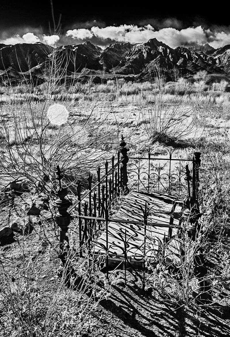 Pioneer Cemetery - Infrared Exposure - Lone Pine, CA - 2013 | Osceola Refetoff