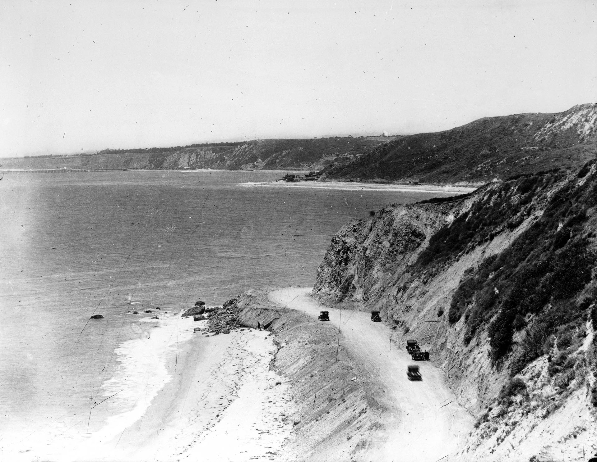 Site of Arch Rock after its demolition and subsequent highway grading. Courtesy of the Title Insurance and Trust, and C.C. Pierce Photography Collection, USC Libraries.