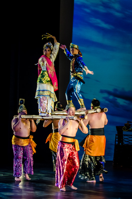 Kayamanan ng Lahi performs pangalay ha patong,a  dance characterized by two men carrying bamboo poles with dancers placed on top | Jorge Vismara