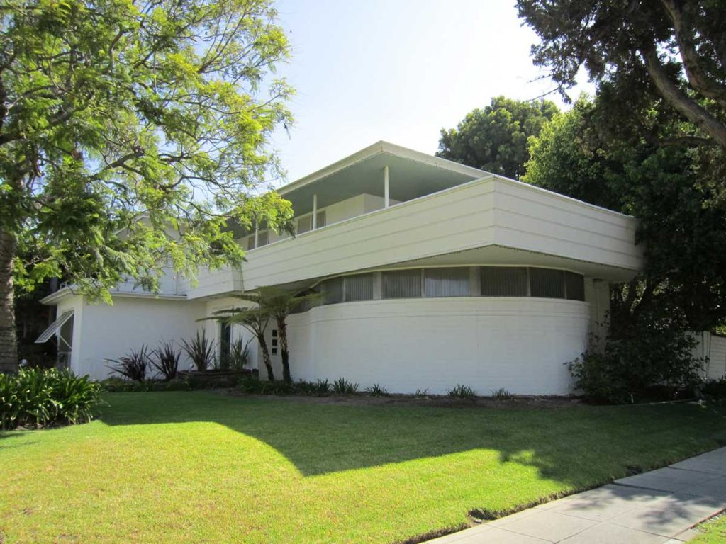 Paul R. Williams Residence, Lafayette Square, Los Angeles, CA. 2006 | Jesse L. Watt for the Paul R. Williams Project at the Art Museum of the University of Memphis