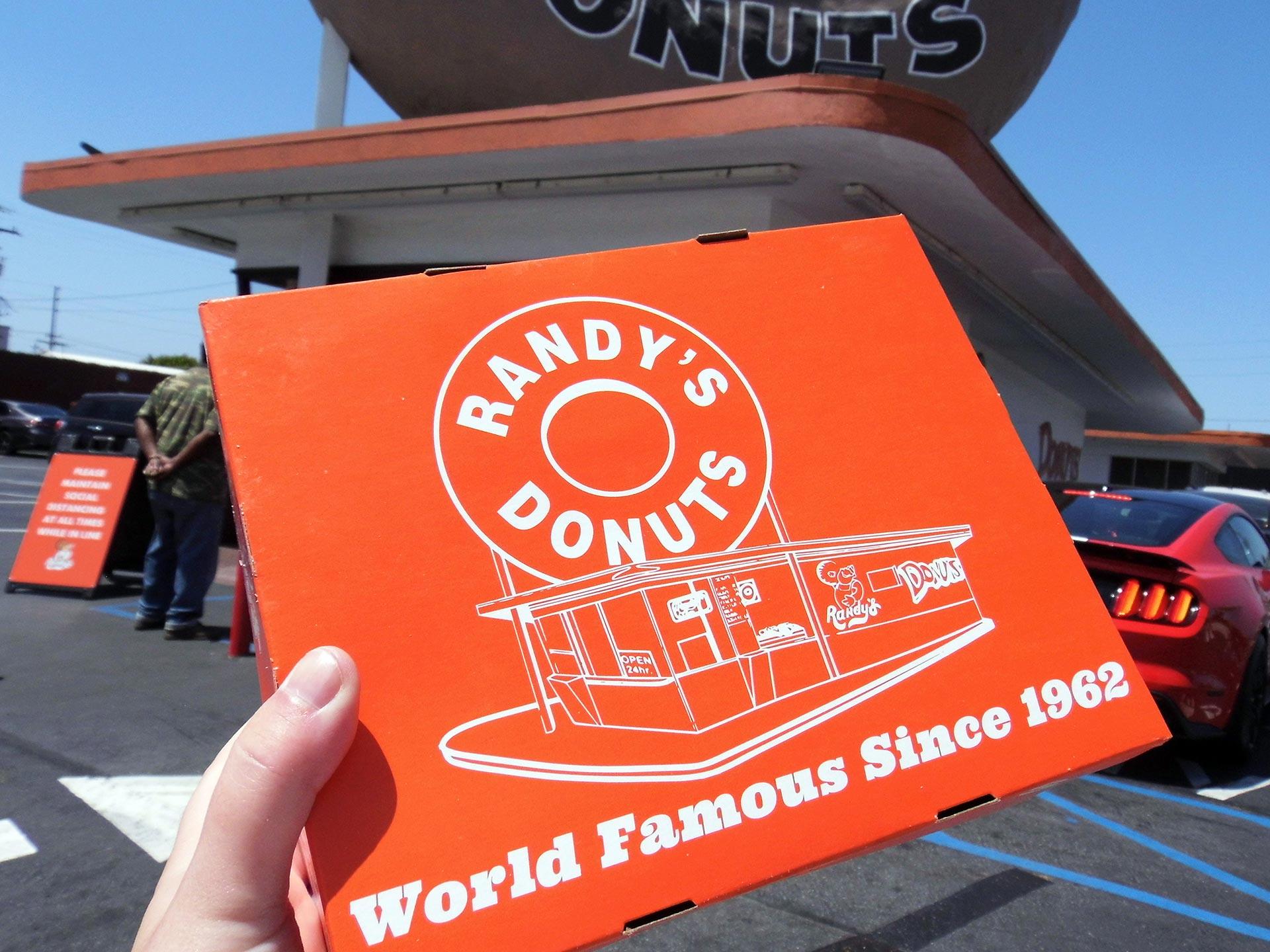 Randy's Donuts | Sandi Hemmerlein
