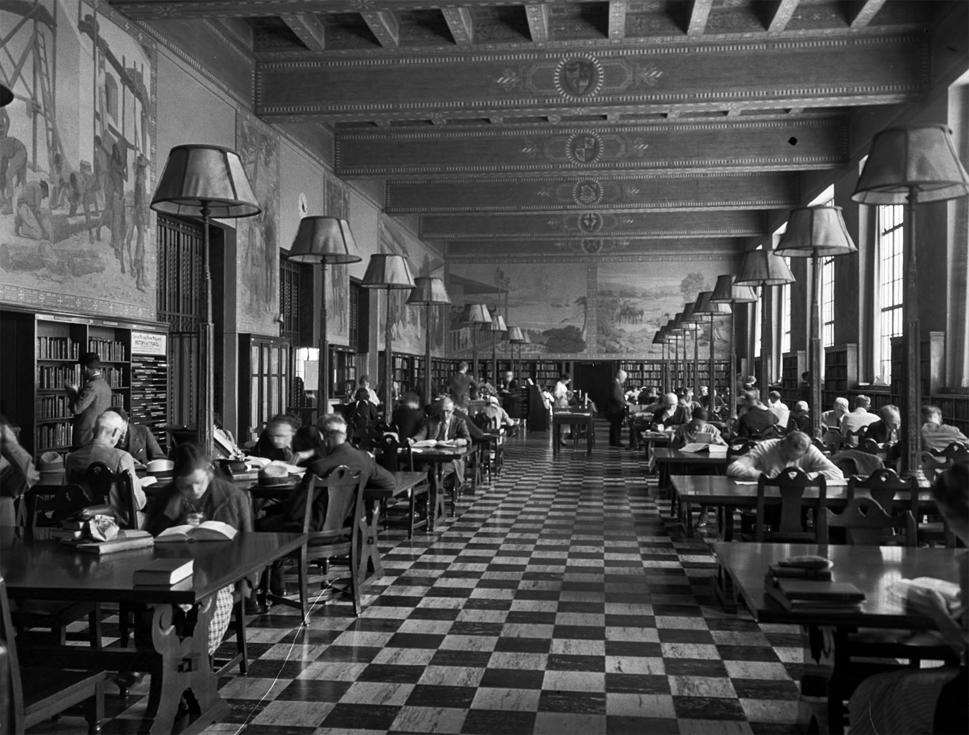 The History Room of the Los Angeles Central Library in 1937