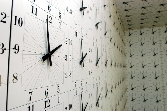 richard_jackson_1000_clocks_detail.jpg
