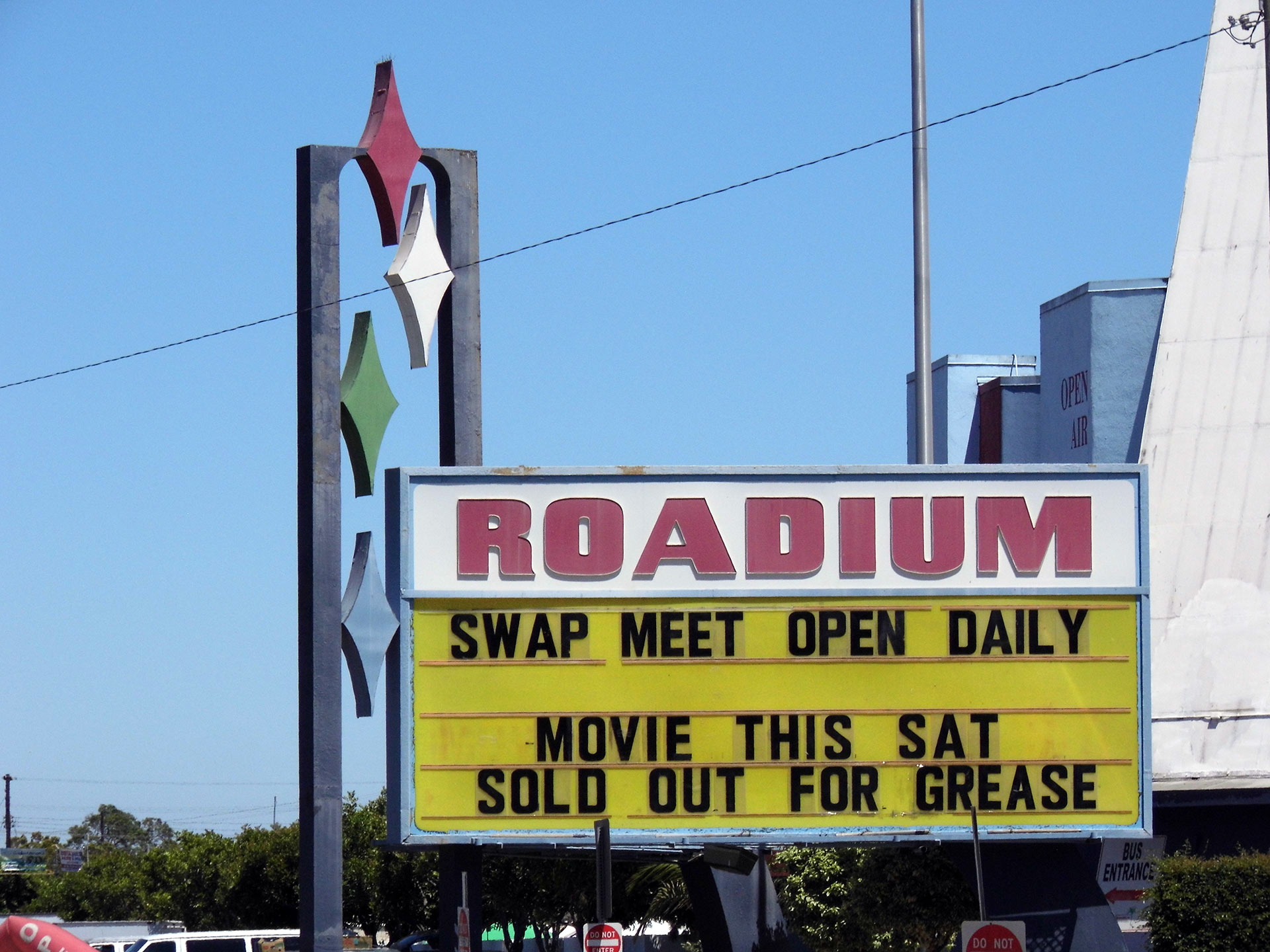 8 Best Drive In Theaters In Socal Kcet