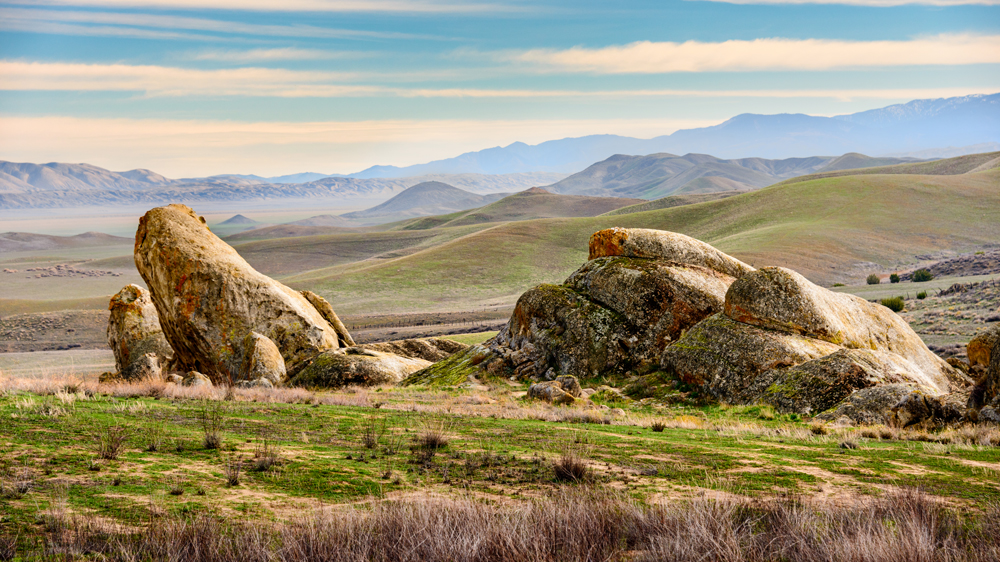 A rocky vantage point with Soda Lake in the distance | Photo: zrfphoto/iStockPhoto