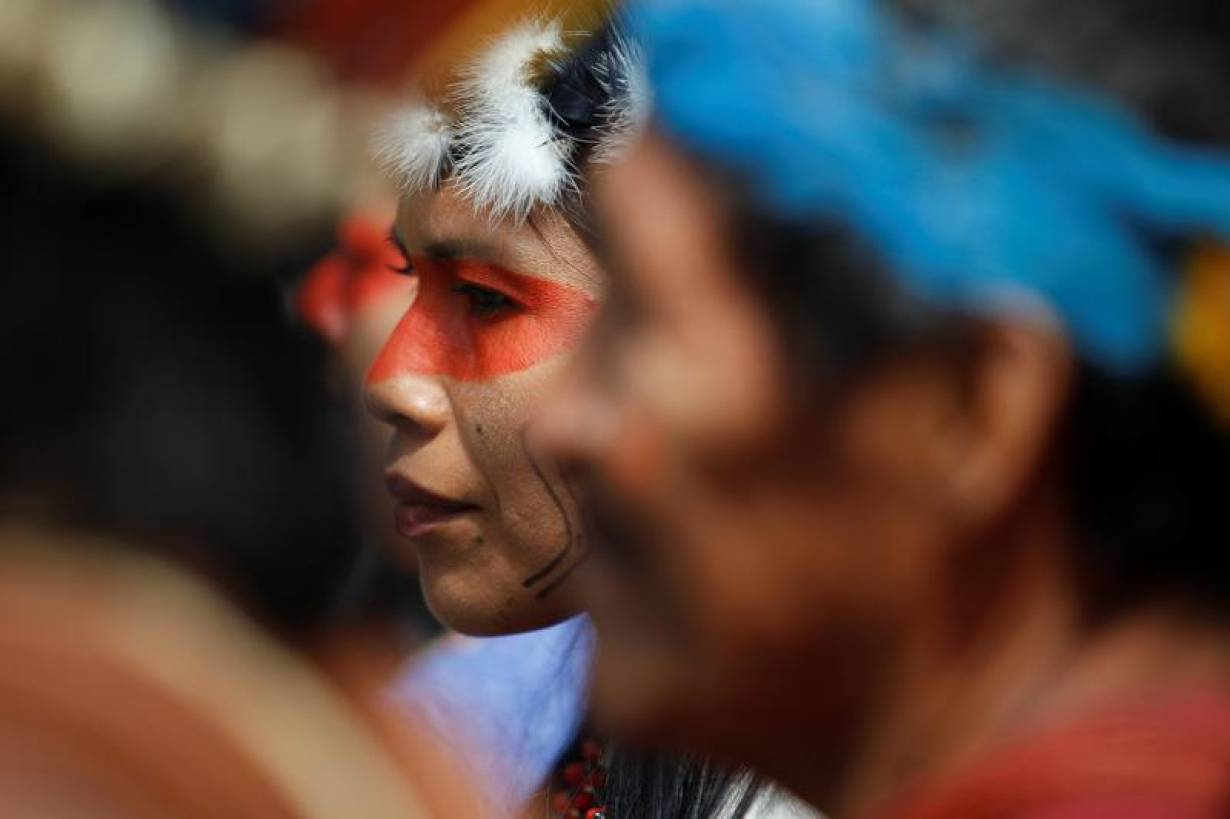 Members of Ecuador's indigenous community gather in front of the council of the judiciary building after a local court ruling, in Quito, Ecuador May 15, 2019. | REUTERS/Daniel Tapia