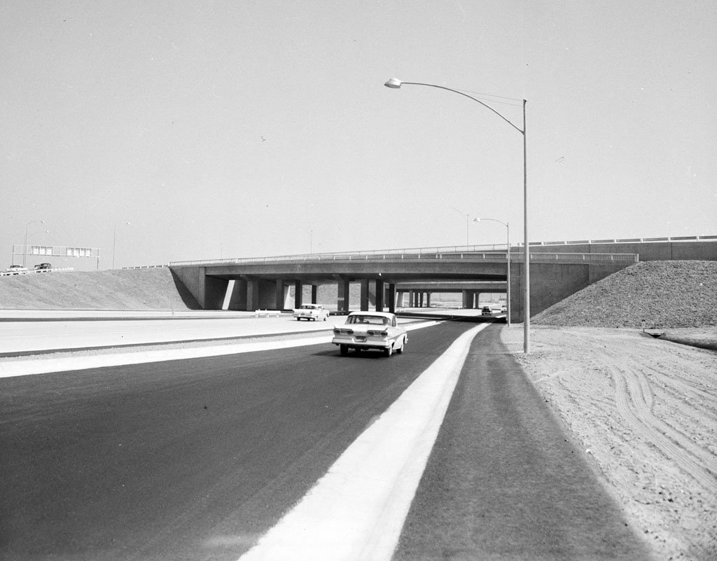 A view of a newly opened stretch of the San Diego Freeway through the San Fernando Valley in 1958