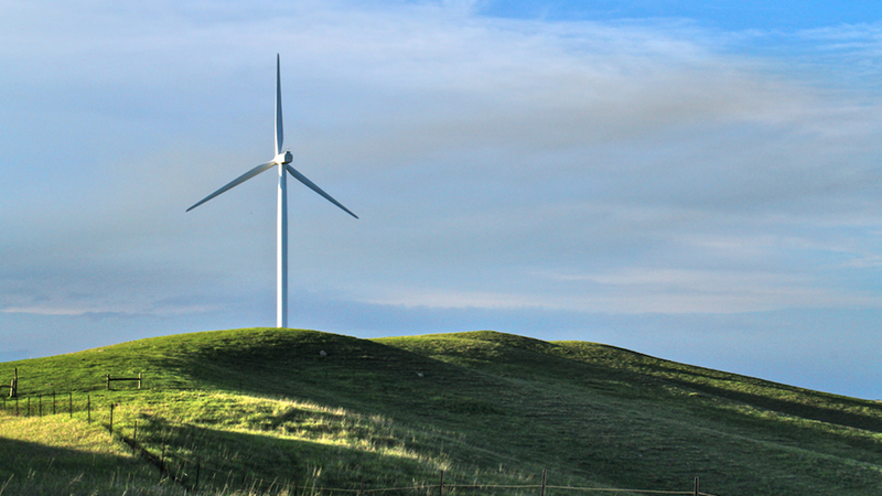 A wind turbine in White, South Dakota | Photo: Randy Geise, some rights reserved