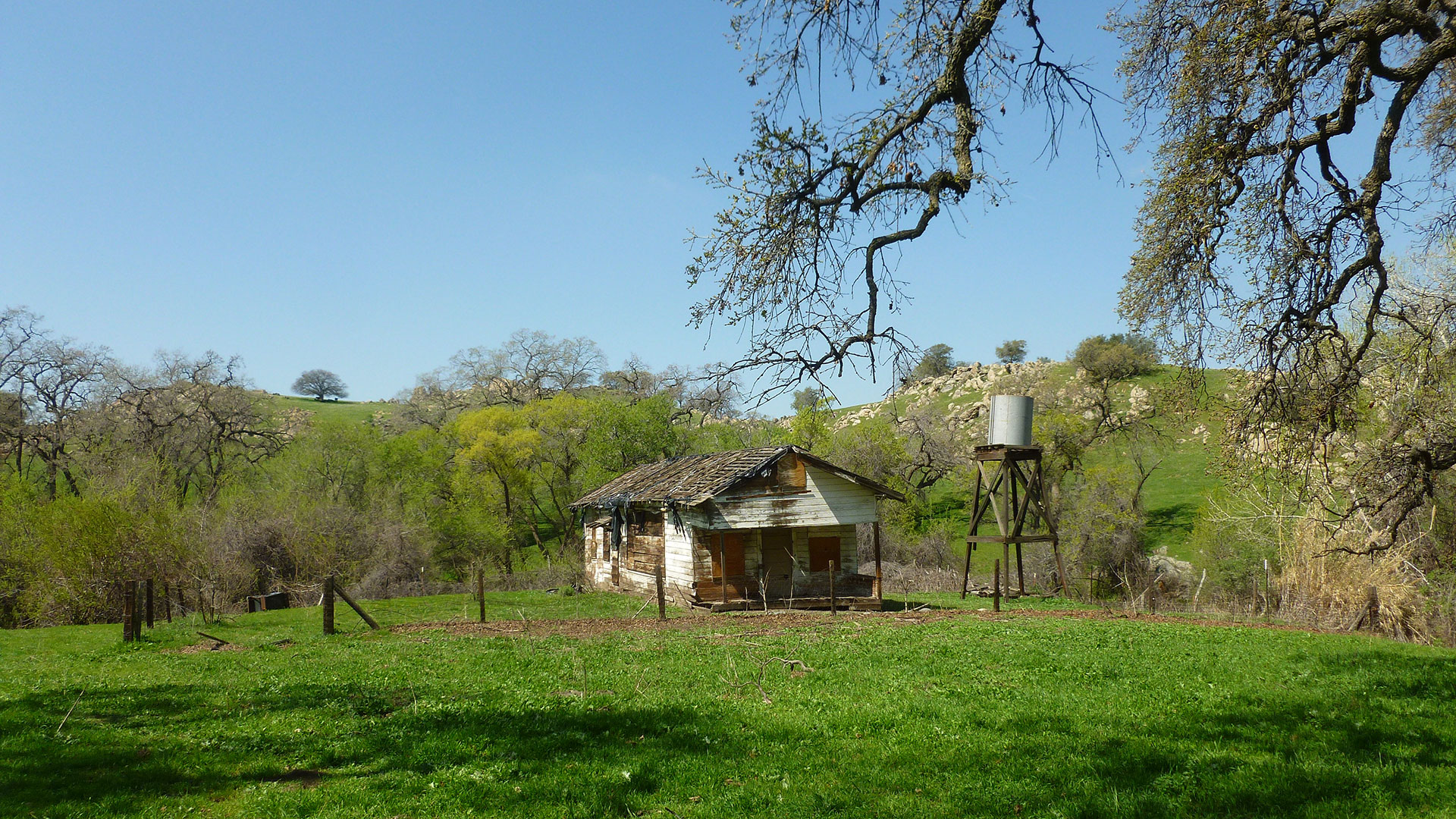The Grapevine Canyon Settlement former schoolhouse