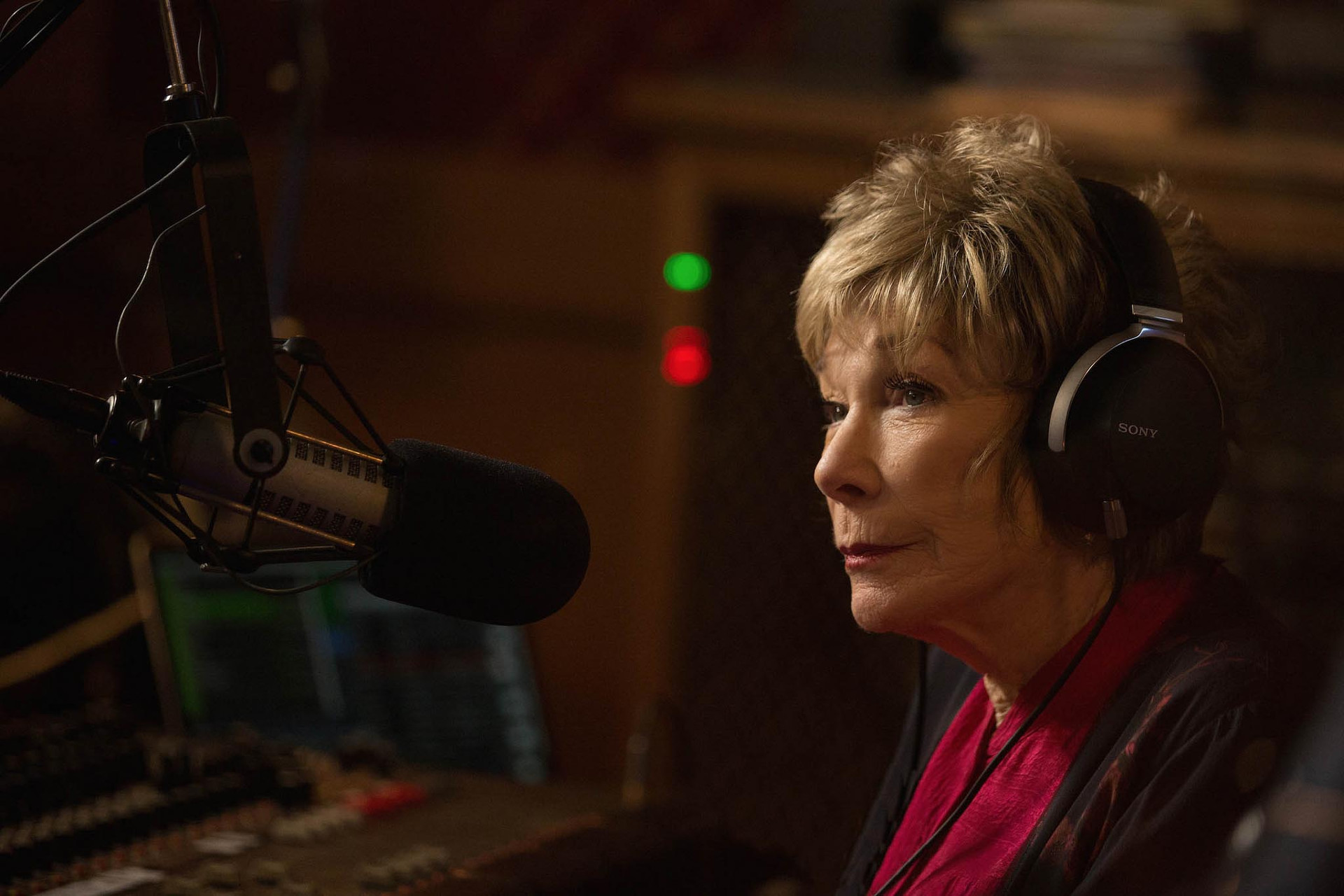 """Shirley MacLaine in """"The Last Word"""""""