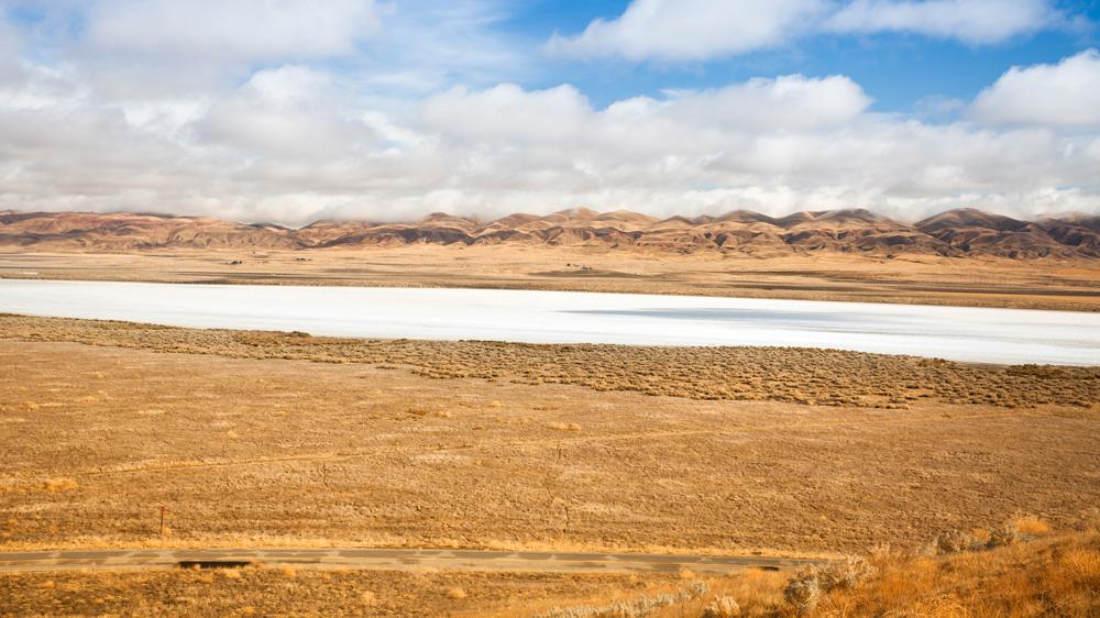 Soda Lake in Carrizo Plain National Monument | Photo: pgiam/iStockPhoto