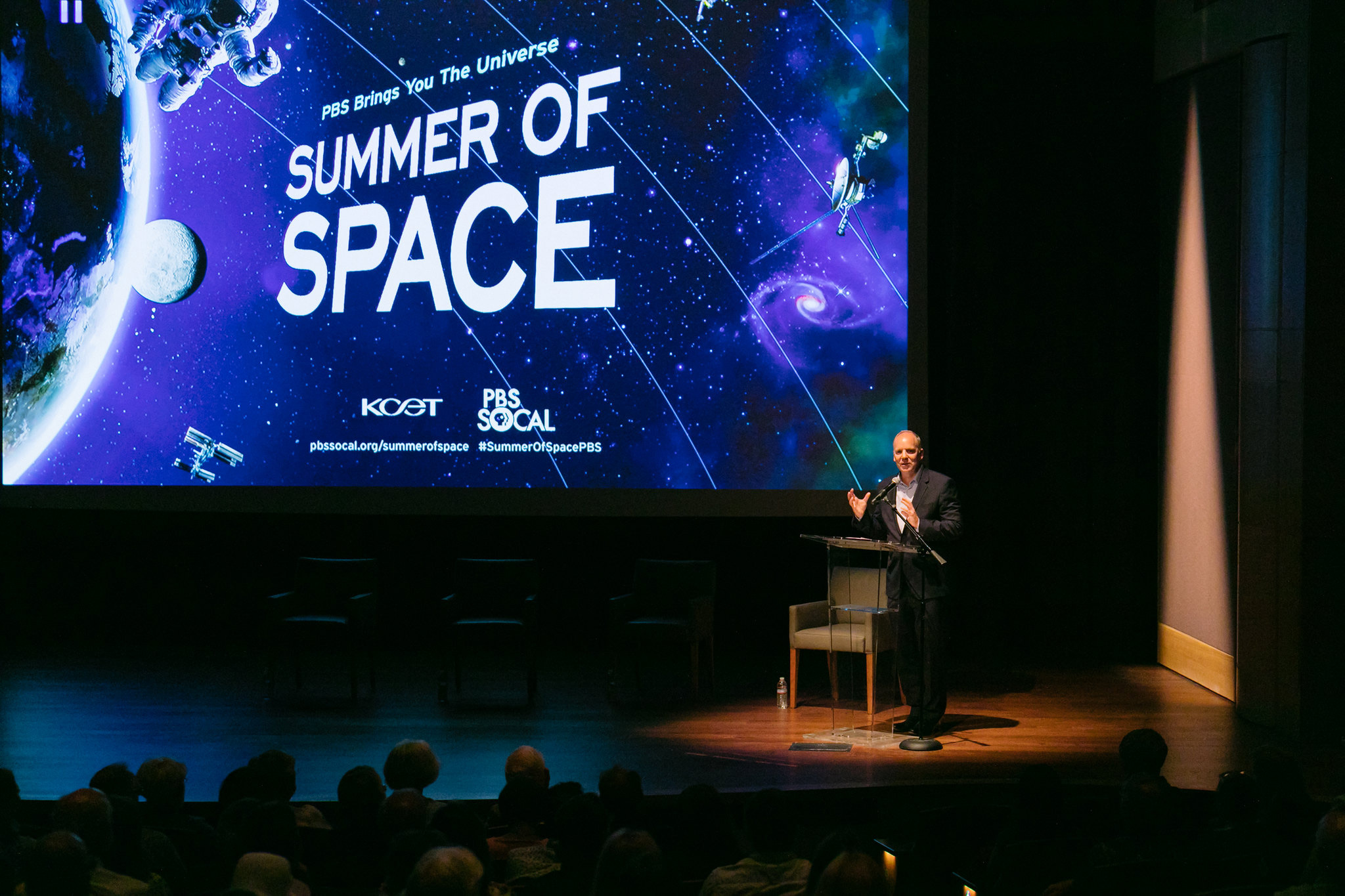 """Public Media Group of Southern California President and CEO Andrew Russell welcomes the crowd at a world premiere sneak peek of BLUE SKY METROPOLIS at The Huntington on July 9, 2019 as part of the PBS """"Summer of Space"""""""