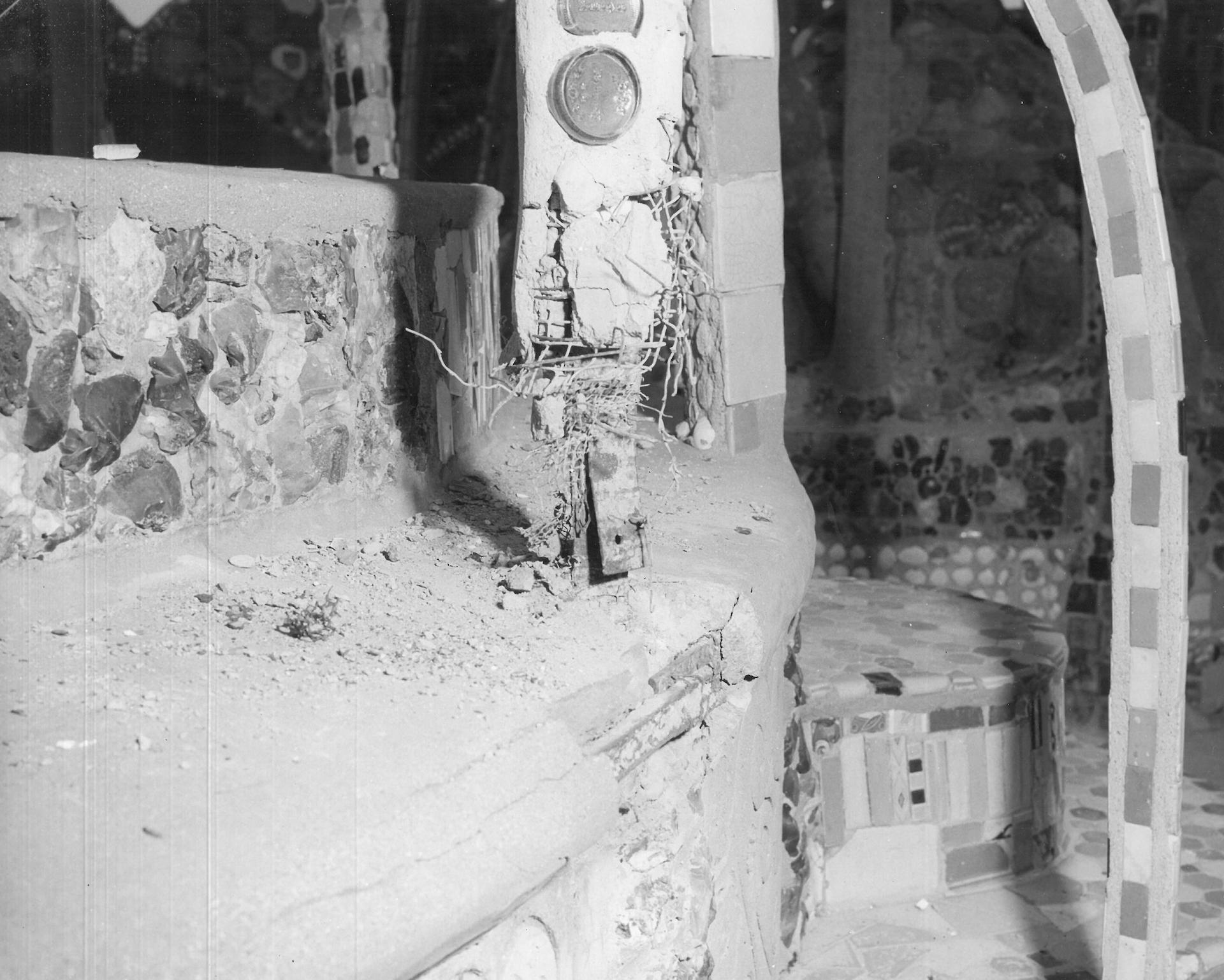 Splicing on the base of Tower C, June 1959