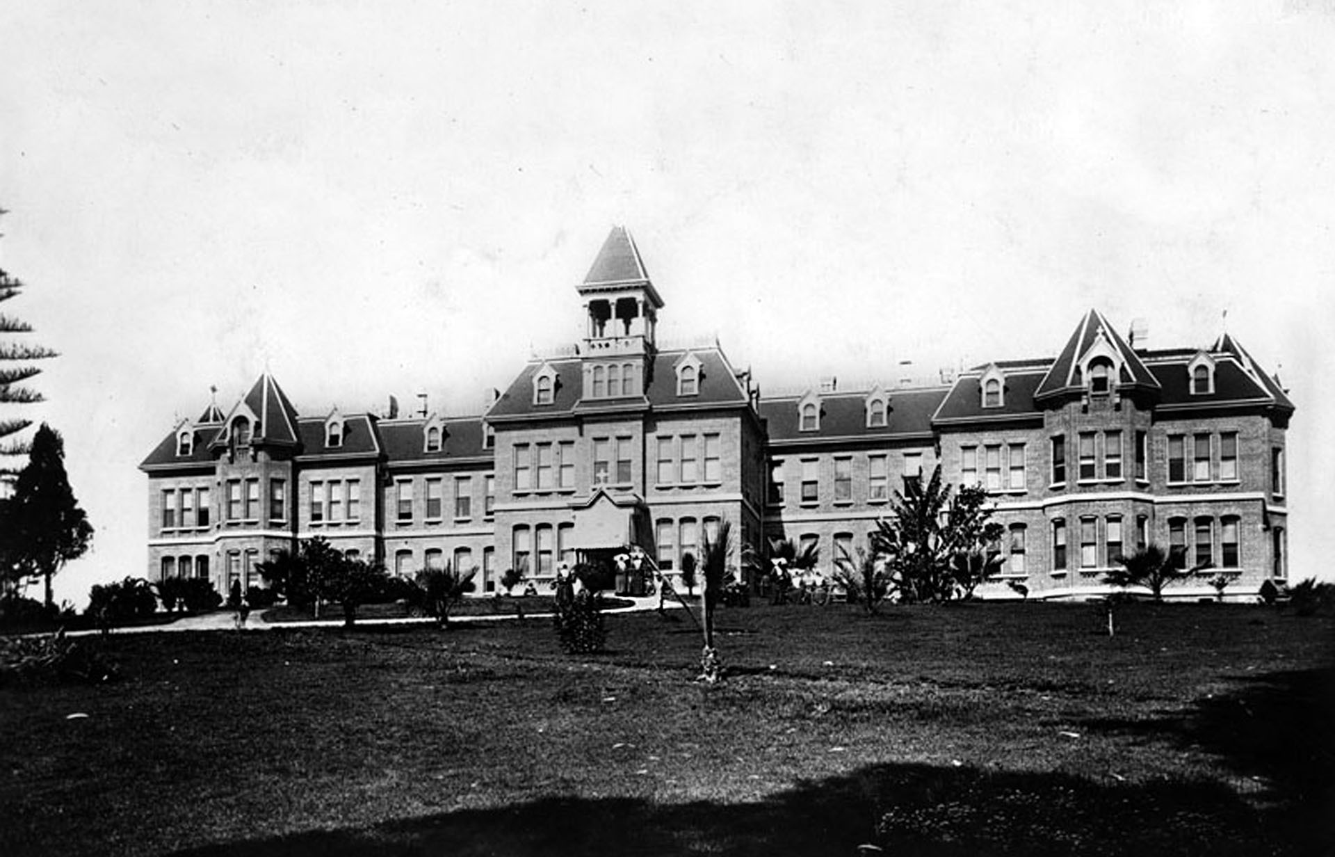 St. Vincent's Hospital, about 1900