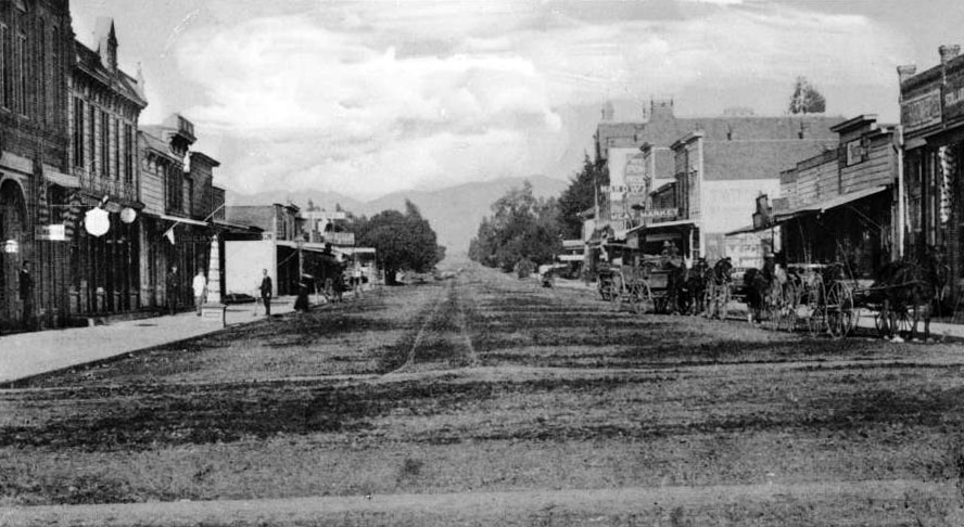 Circa 1891 view of Santa Monica's Third Street, looking north from Broadway to Nevada Avenue. Courtesy of the USC Libraries - California Historical Society Collection.