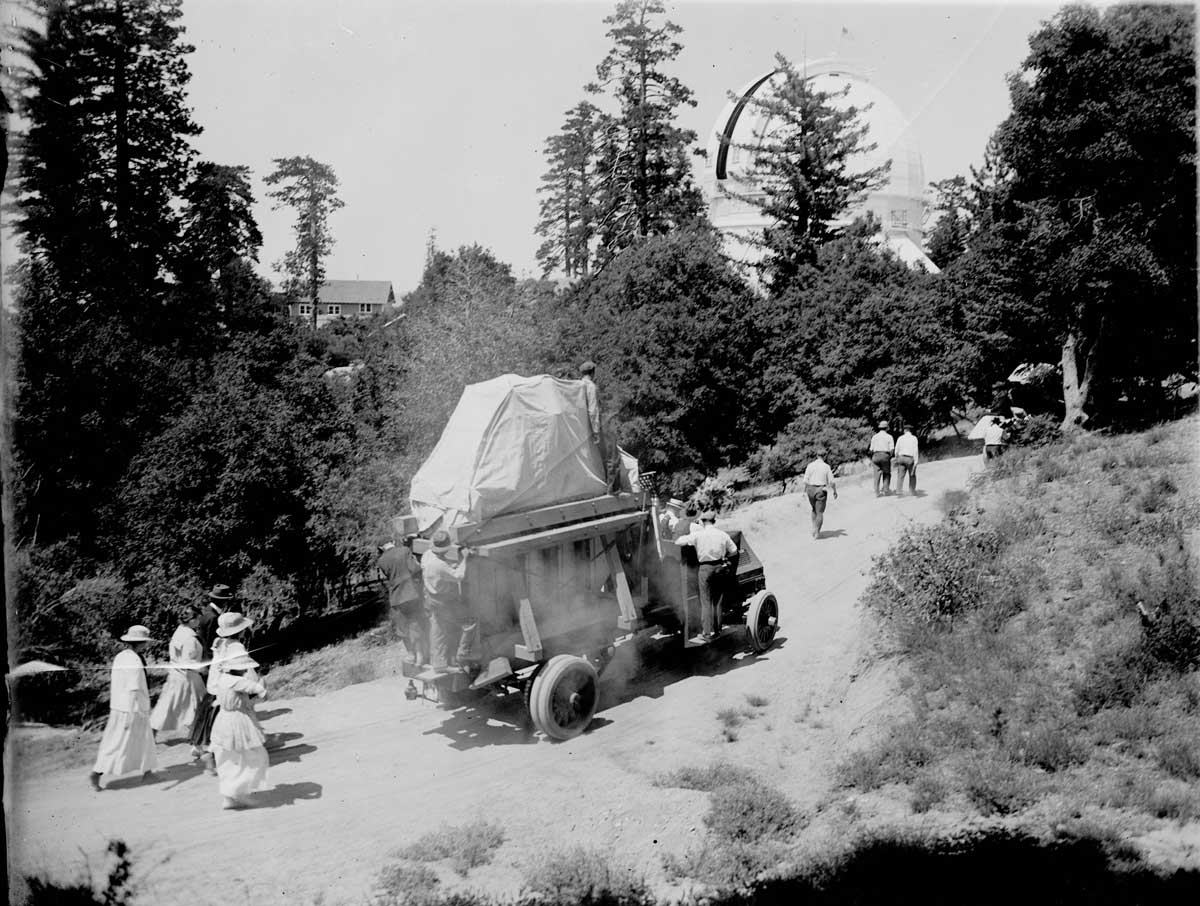 Transporting the 100-inch mirror to Mount Wilson Observatory  |  Image courtesy of the Observatories of the Carnegie Institution for Science Collection at the Huntington Library, San Marino, California