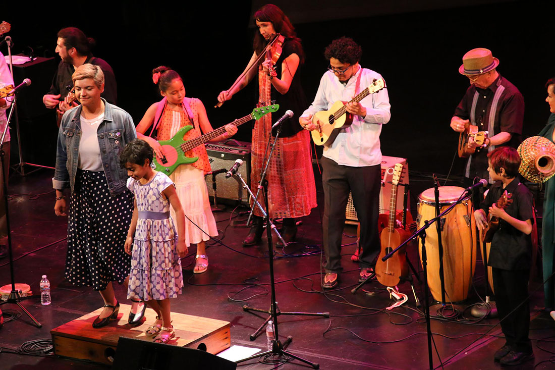 Cambalache Performing at the Aratani Theatre | Erick Iñiguez