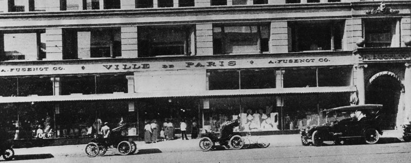 Ville de Paris storefront at South Broadway in the Homer Laughlin building. The building eventually became the Grand Central Market. Photo dated 1904 | Courtesy of the Security Pacific National Bank Collection at the Los Angeles Public Library