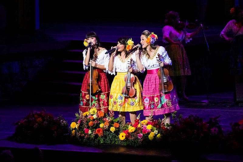 Las Colibrí at the 2019 ¡Viva La Tradición! Viva La Mujer show at the John Anson Ford Theatre | Lindsey Best, courtesy of Ford Theatre