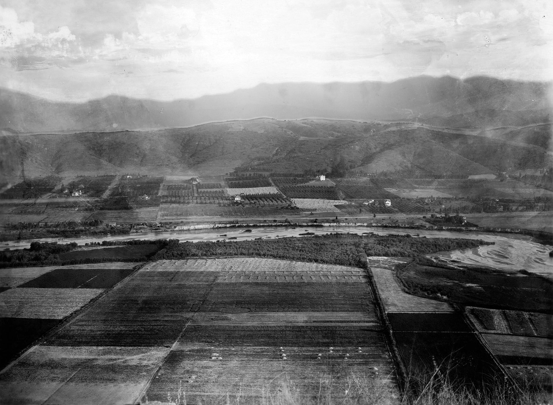 Farmland and the Los Angeles River looking north from Elysian Park toward Mount Washington, 1895-1915