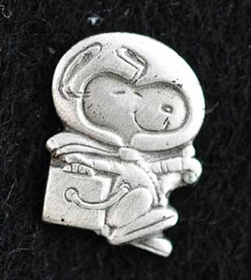 Silver Snoopy Pin | NASA