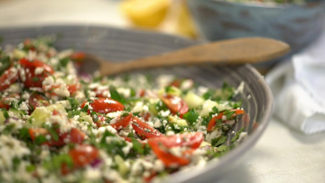 S2 E9: Unboring Salads