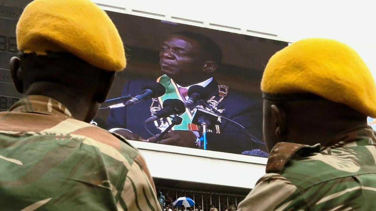 S1 E4: Namibia / Zimbabwe