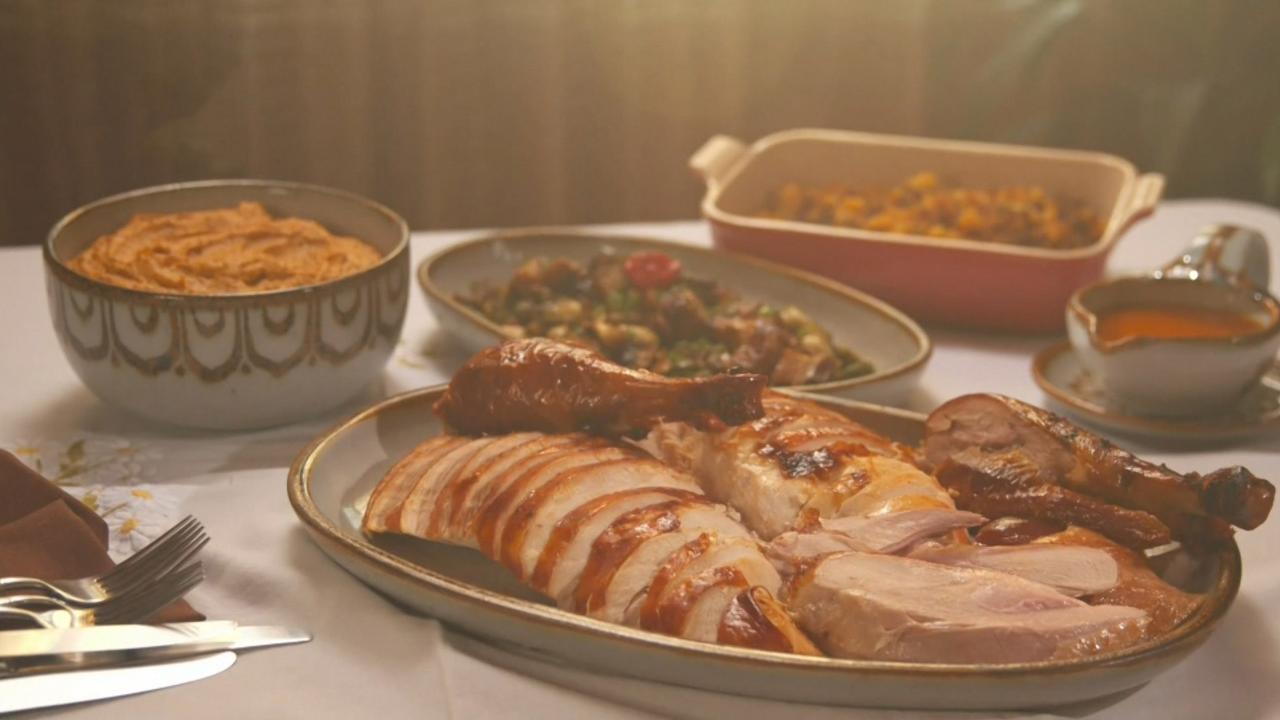 S5 E11: Turkey Day